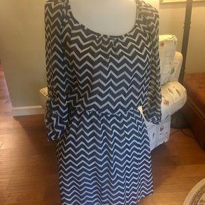 Speechless navy chevron dress